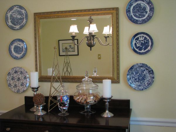 crazy about plates or my love of decorating with plates