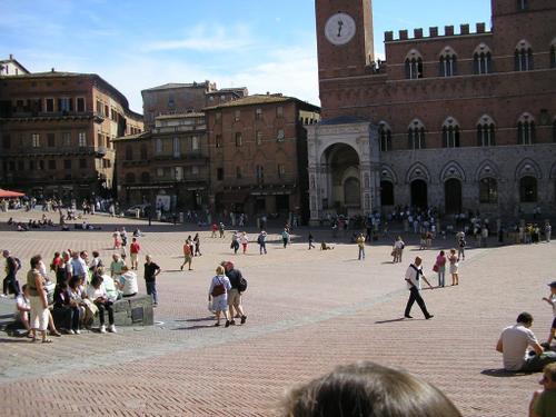 Siena_piazza