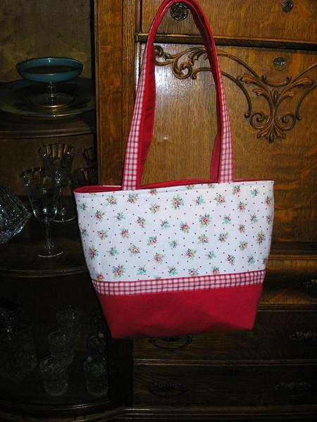 Red_white_bag_1