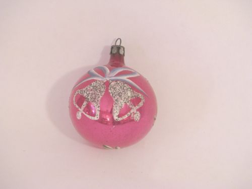 VP 346 - Pink Ornament w Bells
