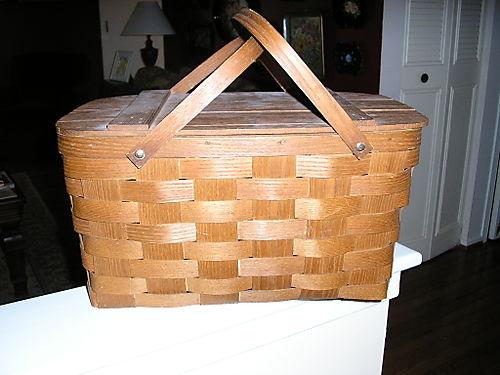 Picnic basket 08
