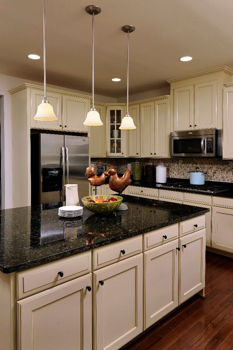 Cream cabinets with granite countertops quotes - Black granite countertops with cream cabinets ...
