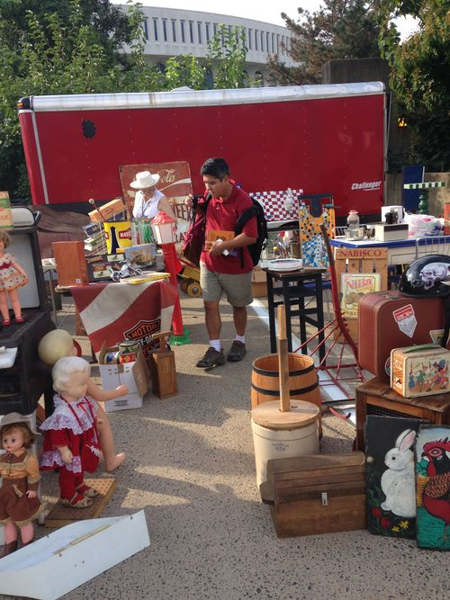 Arlington Civitan Garage Sale 3