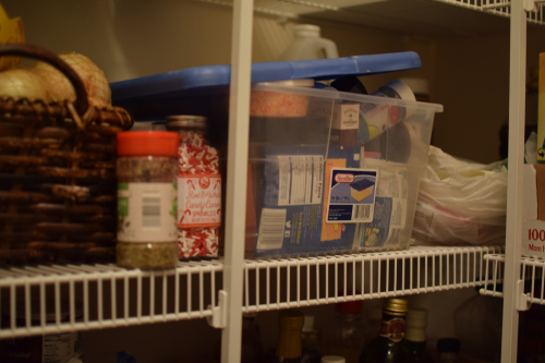 Pantry Before (1)