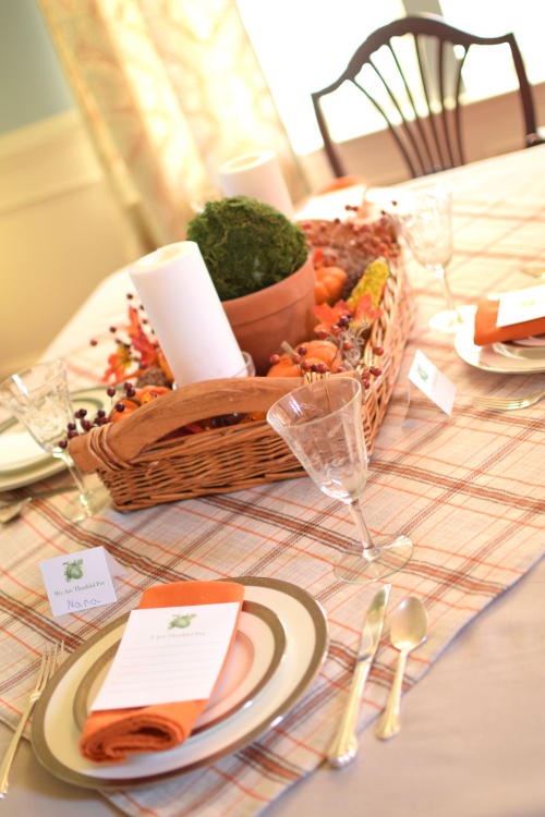 Thanksgiving Table 2016 1
