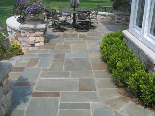 Bluestone patio idea