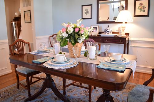 Easter dining room 1