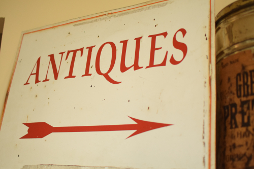 Vintage Antiques Sign (3)