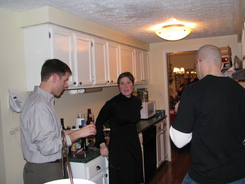 Talking_in_the_kitchen_2